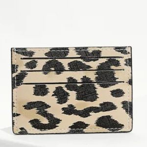 Handbags - 🖤Slim Leopard Credit Card Case